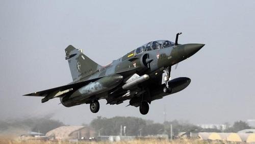 Un Mirage 2000 décole depuis la base de Ndjamena le 22 décembre 2018. © Photo: Ludovic Marin/AFP
