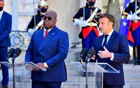 Le président de la RDC, Felix Tshisekedi, et le président français Emmanuel Macron au palais de l'Elysée à Paris, le 27 avril 2021 -© LUDOVIC MARIN/AFP