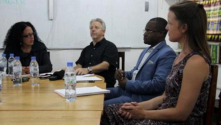 L'équipe de défense d'Alfred Yékatom Rombhot, lors d'une conférence de presse à Bangui, le 1er août 2019 : Mylène Dimitri, Stéphane Bourgon, Régis Tiangaye, et Wilhelmina Whittingham. © RFI/Gaël Grilhot