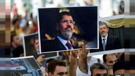 """L'Egypte a accusé mercredi l'ONU de vouloir """"politiser"""" la mort de Mohamed Morsi"""