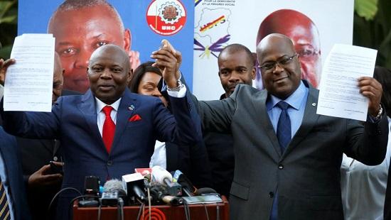 Félix Tshisekedi (dr.) et Vital Kamerhe (g.). Le meeting de Goma, est l'occasion pour les deux opposants d'afficher leur unité et de toucher les électeurs du Nord-Kivu, 10% de l'électorat du pays (image d'illustration). © REUTERS/Baz Ratner