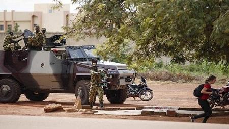 L'attaque jihadiste contre une base militaire burkinabè fait 24 morts