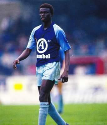 Mamadou Teuw lorsqu'il évoluait à Bruges en Belgique entre 1984 et 1990. Twitter