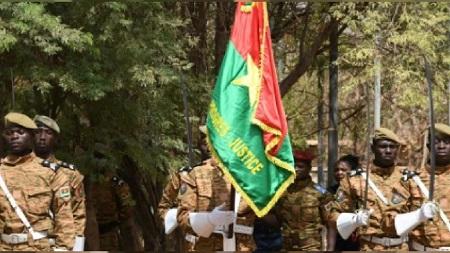 """Les forces armées du Burkina Faso ont rendu vendredi hommage aux 204 militaires """"tombés pour la défense de la patrie"""""""