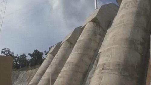Le barrage hydro-électrique de Memve'ele dans le sud Cameroun