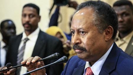 Le Premier ministre du gouvernement de transition au Soudan, Abdallah Hamdok, a commencé sa lutte contre le pouvoir des Frères musulmans en s'attaquant à leur présence dans les unviersités. © Ebrahim HAMID / AFP