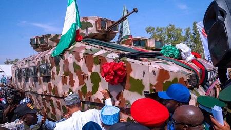 La cérémonie de leur dévoilement a eu lieu mardi sous les auspices du chef de l'État, Muhammadu Buhari