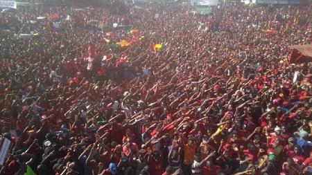 Les Guinéens ont à nouveau manifesté en masse mardi à Conakry contre un éventuel troisième mandat du président Alpha Condé