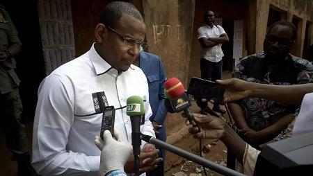 L'ancien Premier ministre malien, Boubou Cissé, en mars 2020 à Bamako. (Image d'illustration) MICHELE CATTANI / AFP
