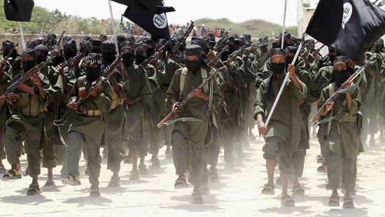 Un défilé des militants islamistes shebabs, à Afgoye, à l'ouest de la capitale somalienne, le 17 février 2011. © KENYA-SECURITY/SOMALIA REUTERS/Feisal Omar/Files