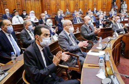 Le Parlement algérien a adopté le texte de loi relatif à la révision de la Constitution