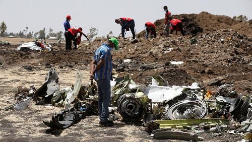 Les lieux du crash du 10 mars 2019 près de Bishoftu, en Ethiopie, au surlendemain du drame. © REUTERS/Baz Ratner