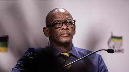 Le secrétaire général de l'ANC, Ace Magashule, à Johannesburg, en février 2018. GIANLUIGI GUERCIA / AFP