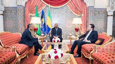 Les deux personnes recherchées seraient des proches de Brice Laccruche Alihanga (à droite), ex-chef de cabinet d'Ali Bongo -au centre)- AFP
