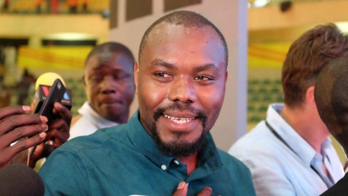 Le jeune cinéaste rwandais Joël Karekezi a remporté la distinction suprême, l'Étalon d'or de Yennenga, pour son film « The Mercy of the Jungle ». Siegfried Forster / RFI