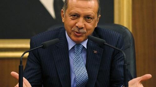 Le président turc Recep Tayyip Erdogan a vivement critiqué samedi son homologue égyptien Abdel Fattah al-Sissi