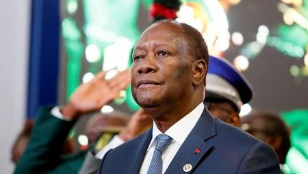 Le président Alassane Ouattara a adressé lundi ses vœux aux corps constitués de Côte d'Ivoire. © REUTERS/Afolabi Sotunde