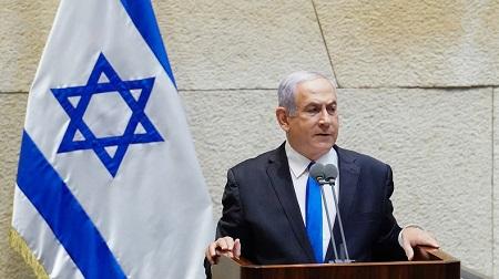 Photographie publiée par le bureau du porte-parole de la Knesset israélienne le 17 mai 2020, montrant le Premier ministre israélien Benjamin Netanyahou.  © Adina Valman / KNESSET SPOKESPERSON OFFICE Source: AFP
