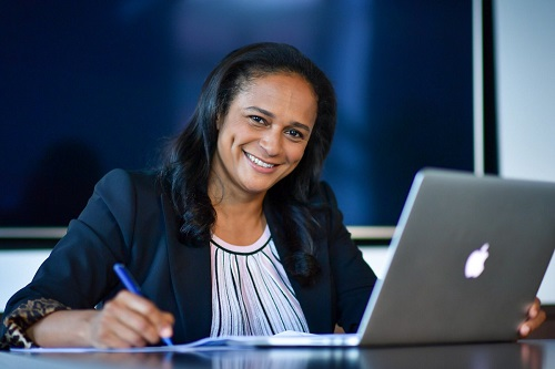 Isabel dos Santos, femme d'affaires angolaise et fille de l'ancien président angolais demeure la femme la plus riche d'Afrique.