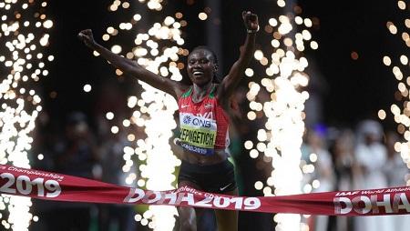 La Kényane Ruth Chepngetich sacrée championne du monde du marathon à Doha, le 28 septembre 2019. Hannah McKay/Reuters