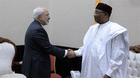 Le ministre iranien des A.E., Mohammad Javad Zarif, reçu par le président Issoufou. (Photo d'archives)