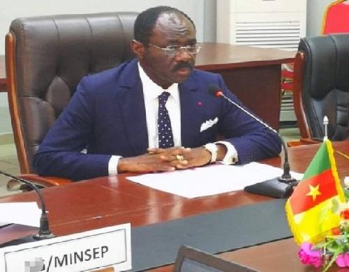 Pr Mouelle Kombi, ministre des Sports et de l'éducation physique du Cameroun