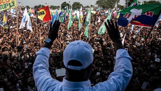 Martin Fayulu devant ses partisans rassemblés à Kinshasa, le 2 février 2019. © JOHN WESSELS / AFP