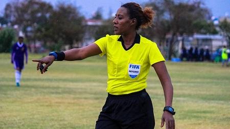 Lydia Tafesse, artibre internationale Éthiopienne sélectionnée pour le Mondial féminin de football 2019. RFI/Vincent Dublange
