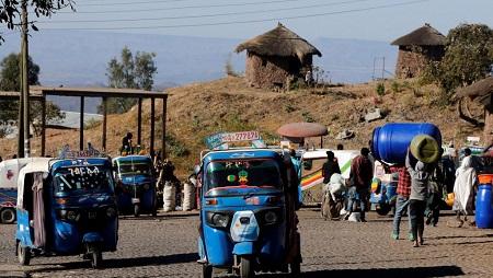 Scène de rue à Lalibela, dans la région Amhara, au nord de l'Éthiopie, le 2 février 2019. © REUTERS/Thomas Mukoya