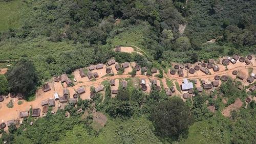 Vue aérienne d'un village dans le Sud-Kivu (image d'illustration). © Photo: MONUSCO / Abel Kavanagh