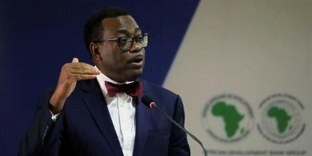 Akinwumi Adesina, Président de la Banque africaine de développement, pense qu'il faut plus que jamais restructurer la dette africaine pour assurer au continent du croissance pérenne. (Crédits : Reuters)