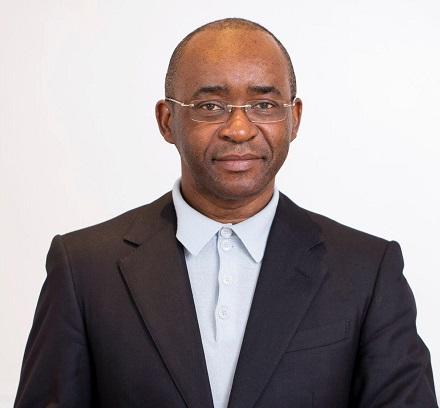 Le milliardaire Strive Masiyiwa a accepté de payer les salaires des médecins du Zimbabwe