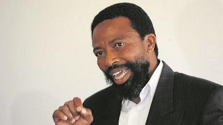Buleyekhaya Dalindyebo, 55 ans, roi coutumier de l'ethnie Thembu à laquelle appartenait Nelson Mandela