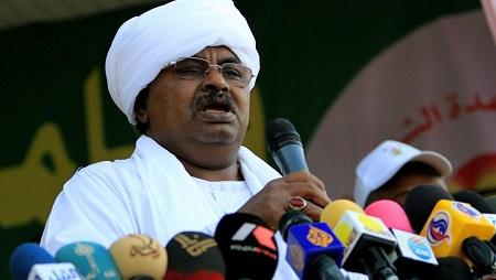 Salah Gosh, l'ancien chef du renseignement soudanais sous Omar el-Béchir, est désormais interdit de territoire américain. © ASHRAF SHAZLY / AFP