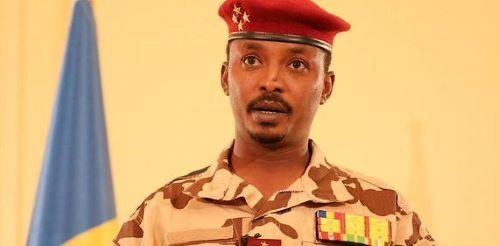 Le général Mahamat Idriss Deby, (37 ans), président du Conseil militaire de transition qui a suspendu la Constitution et les institutions civiles. © BRAHIM ADJI / Tchad Presidential Palace / AFP
