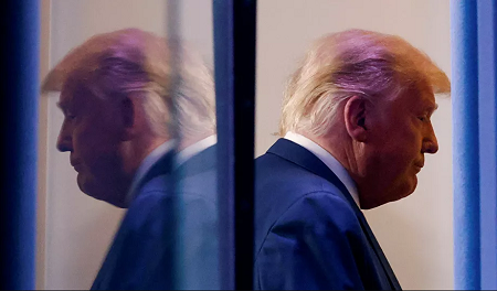Le Washington Post prévient du «danger sans précédent» des derniers jours de Trump au pouvoir© REUTERS / CARLOS BARRIA