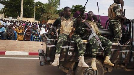 """Les autorités nigériennes ont mis en place à Niamey un """"dispositif spécial"""" de """"plusieurs milliers d'hommes"""" pour assurer la sécurité du sommet de l'Union africaine (UA) qui commence jeudi"""
