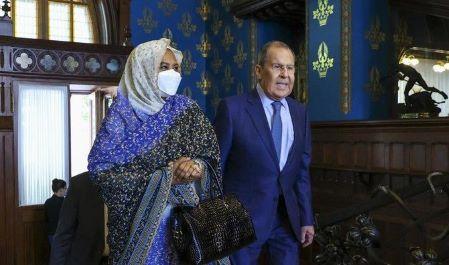 Rencontre entre la cheffe de la diplomatie soudanaise et son homologue russe, lundi 12 juillet 2021, à Moscou. AP/Russian Foreign Ministry Press Service