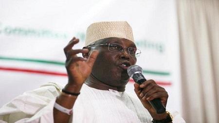 Atiku Abubakar,  responsable de l'opposition dénonce l'inhumation « secrète » de soldats