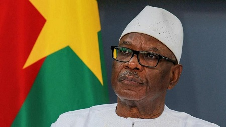 """Le président malien Ibrahim Boubacar Keïta a qualifié """"d'élucubrations"""" les spéculations sur un putsch militaire"""