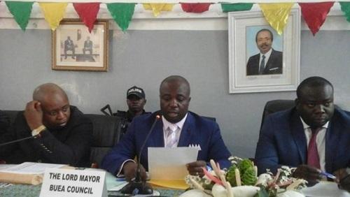 Patrick Ekema le Maire de Buea a décidé d'interdire la circulation des motos-taxis