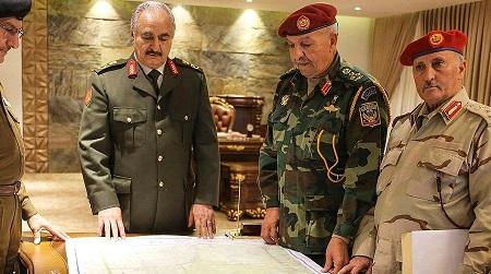 Le maréchal autoproclamé Khalifa Haftar et son état-major. D. R.