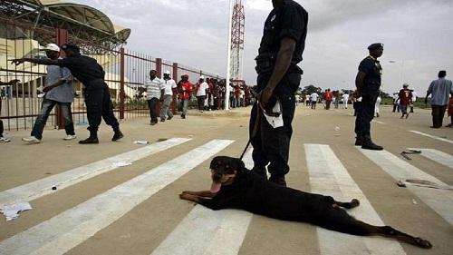 Trois journalistes ont été tabassés par des policiers jeudi à Accra