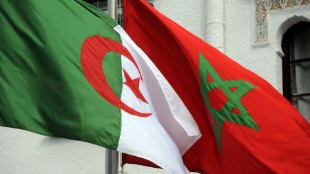 Drapeaux algérien et marocain  - Photo: FAROUK BATICHE -AFP