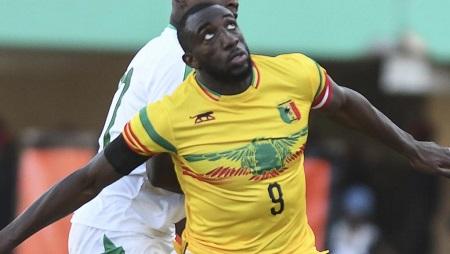 L'attaquant du Mali Moussa Marega, lors du match amical face au Sénégal à Dakar, le 26 mars 2019. Seyllou/AFP