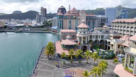 Vue sur la capitale, Port-Louis à l'Ile Maurice. © Simisa/Wikipédia
