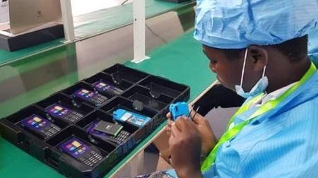 La nouvelle usine est gérée par la société chinoise ENGO Holdings.. Photo:PATIENCE ATUHAIRE/BBC