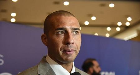 L'ancien joueur de l'équipe de France et de la Juventus de Turin David Trezeguet a été arrêté à Turin. l'ancien joueur de l'équipe de France et de la Juventus de Turin David Trezeguet a été arrêté à Turin