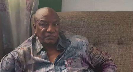 Alpha Condé, 83 ans, capturé, refuse de répondre aux questions des militaires. Image: RSA