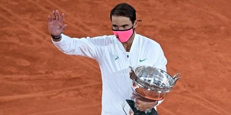 Rafael Nadal a écrasé Novak Djokovic dimanche en finale de Roland-Garros (6-0, 6-2, 7-5).